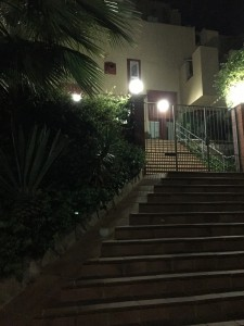 sitges-studio-acceso-nocturno