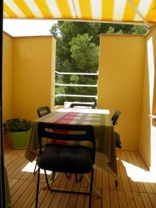 sitges-studio-terraza-comedor